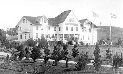 Atterdag College, above, was one of the first structures built in solvang almost 100 years ago. It was located on the fnorth end of Atterdag Road. Atterdag means another day.